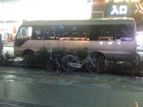AKB48 Van